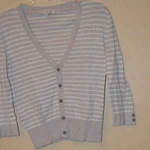 Ann Taylor LOFT lightweight sweater - size S.